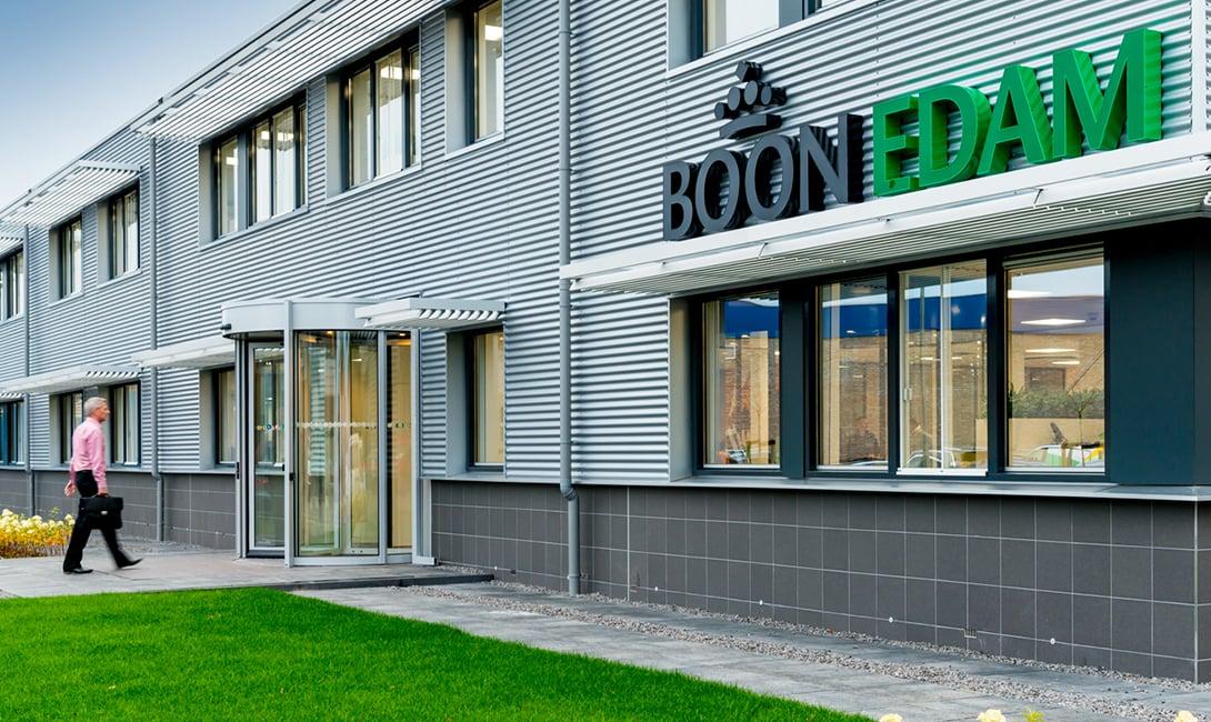 Boon Edam mit Hauptsitz in Edam, Niederlanden, ist Marktführer für Eingangslösungen für den industriellen und öffentlichen Sektor.