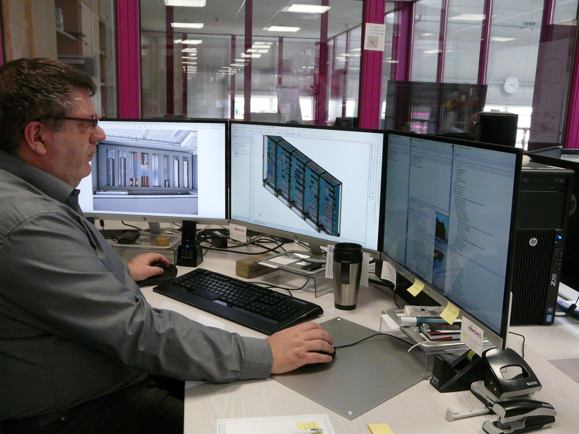 Konstrukteur mit Eplan Lösungen